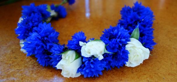 Cornflower crown