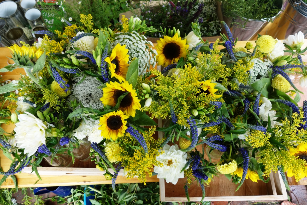 sunflowers, veronica, golden rod, dahlias, Queen Anne's lace and freesias for bride's table